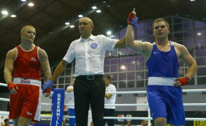 Одиннадцать россиян вышли в финал Первенства Европы по боксу среди юниоров. Среди них – петербуржец